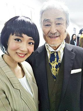 劇中「タイタニック」の相手役 アイダ・ストラウス役の 尾川詩帆さん