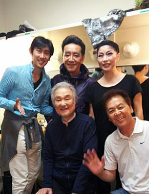 脚本の横山清嵩さん、広瀬彰勇さん、 関口三千香さん、飯野おさみさん